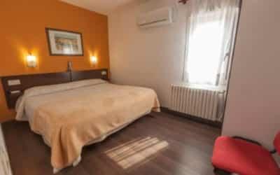 Alegret hotel que acepta mascotas en Tremp - Pirineo Catalán
