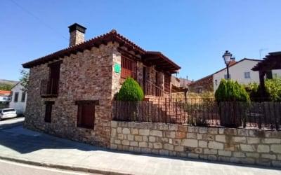 Alojamiento rural La Jara - Casa rural en Madrid para ir con mascotas (Robledillo de la Jara)