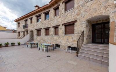 Alojamientos Botica Rural - Apartamentos pet friendly en La Sierra de Madrid