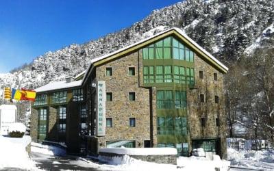 Annapurna Aparthotel - Alojamiento en Andorra con perro