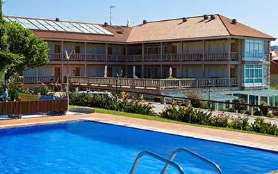 ApartHotel Punta Cabicastro pet friendly en Portonovo