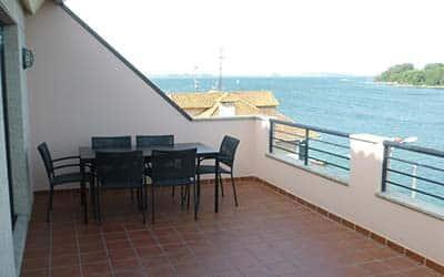 Apartamento con terraza y vistas al mar pet friendly en Villagarcía de Arousa