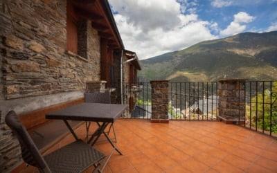 Apartamentos Casa Macia casa rural para ir con mascotas en Roní - Pallars Sobirà - Pirineo Catalán