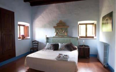 Casa Prat casa rural para ir con mascotas en Sant Feliú de Pallerols - La Carrotxa - Pirineo Catalán