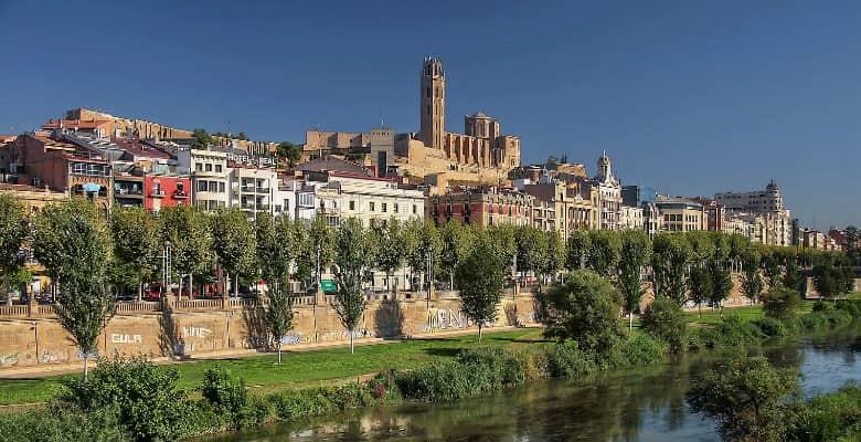 Hoteles que admiten mascotas en Lleida
