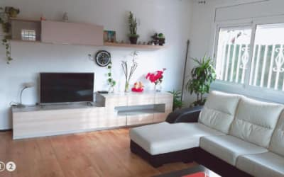 La Casa de Vacaciones - Apartamento que admite mascotas en Terrassa Barcelona
