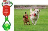 KONG Squeezz Ball: juego interactivo de pelota con cuerda para perros
