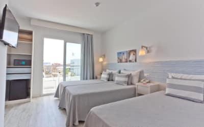 Pineda Splash hotel pet friendly en Barcelona